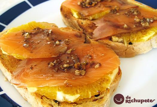 Receta de Tosta de salmón con naranja