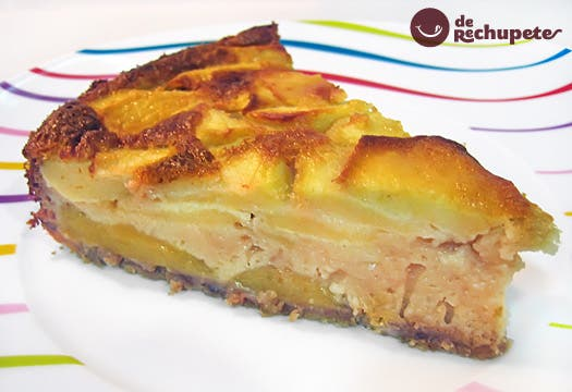 Pastel de manzana y mango