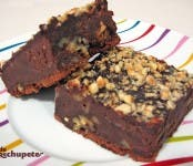 Receta de brownie con avellanas y nueces