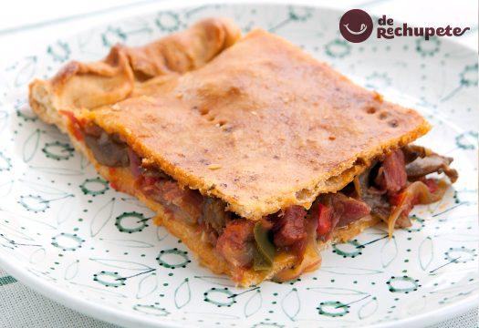 Empanada gallega de lacón y setas