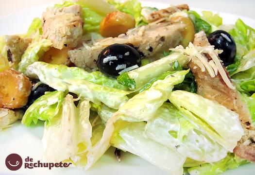 Ensalada César con pollo. Receta de la ensalada más famosa