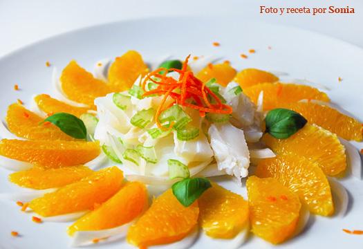 Ensalada de bacalao, naranja y cebolleta