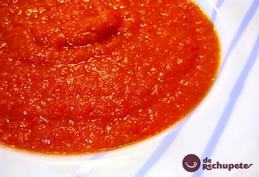 Salsa de tomate frito. Receta casera y fácil