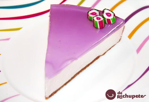 Tarta de queso con cobertura de Violetas