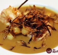 Crema de marisco con zamburiñas y langostinos a la plancha