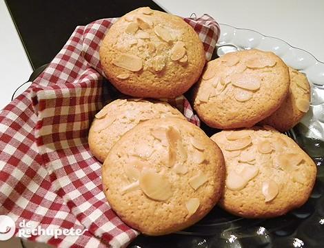 Galletas de mantequilla con naranja y almendra