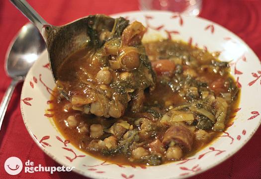 Potaje de garbanzos con grelos y chorizo