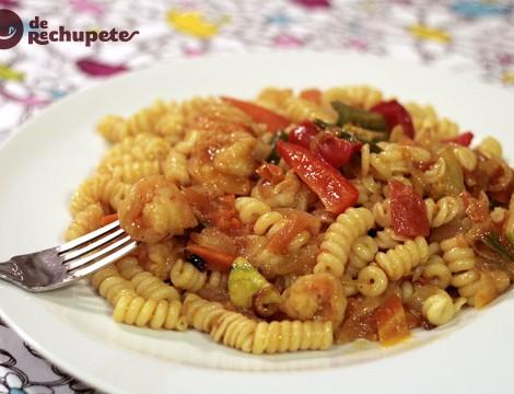 Espirales con langostinos al curry con un toque mandarina y jengibre