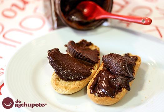 Crema de cacao y avellanas casera