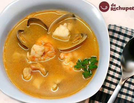 Sopa de pescado y marisco. Receta de Navidad fácil y deliciosa