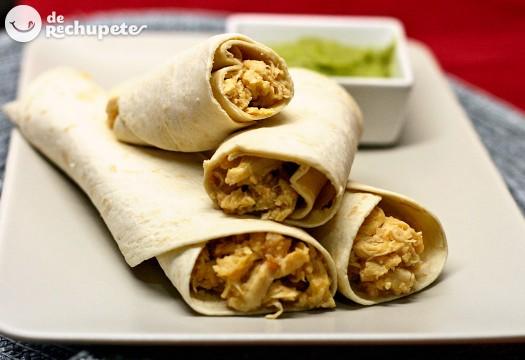 Burritos de carne con salsa San Fernando. Receta mexicana