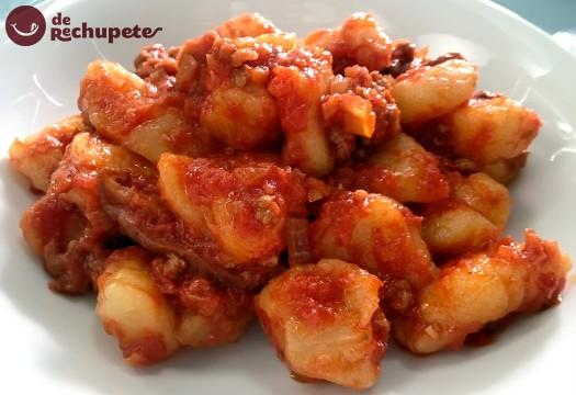 Gnocchi o Ñoquis con salsa de tomate. Ñoquis del día 29