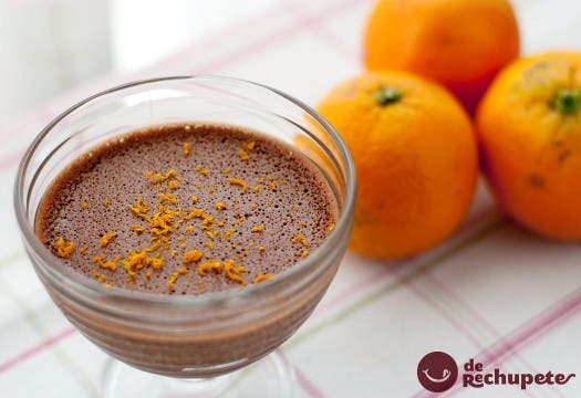 Mousse de chocolate a la naranja