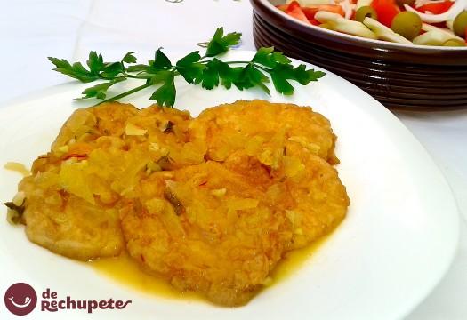 Patatas a la importancia con salsa de almendras