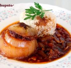 Cebollas rellenas o cebolles rellenes de bonito. Receta asturiana