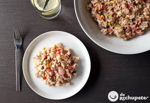 Cómo hacer ensalada de arroz y atún