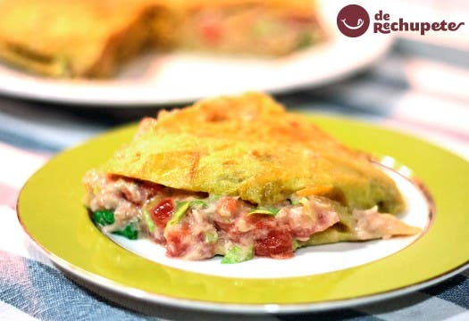 Tortilla rellena en Tortilla de espinacas rellena de salmón