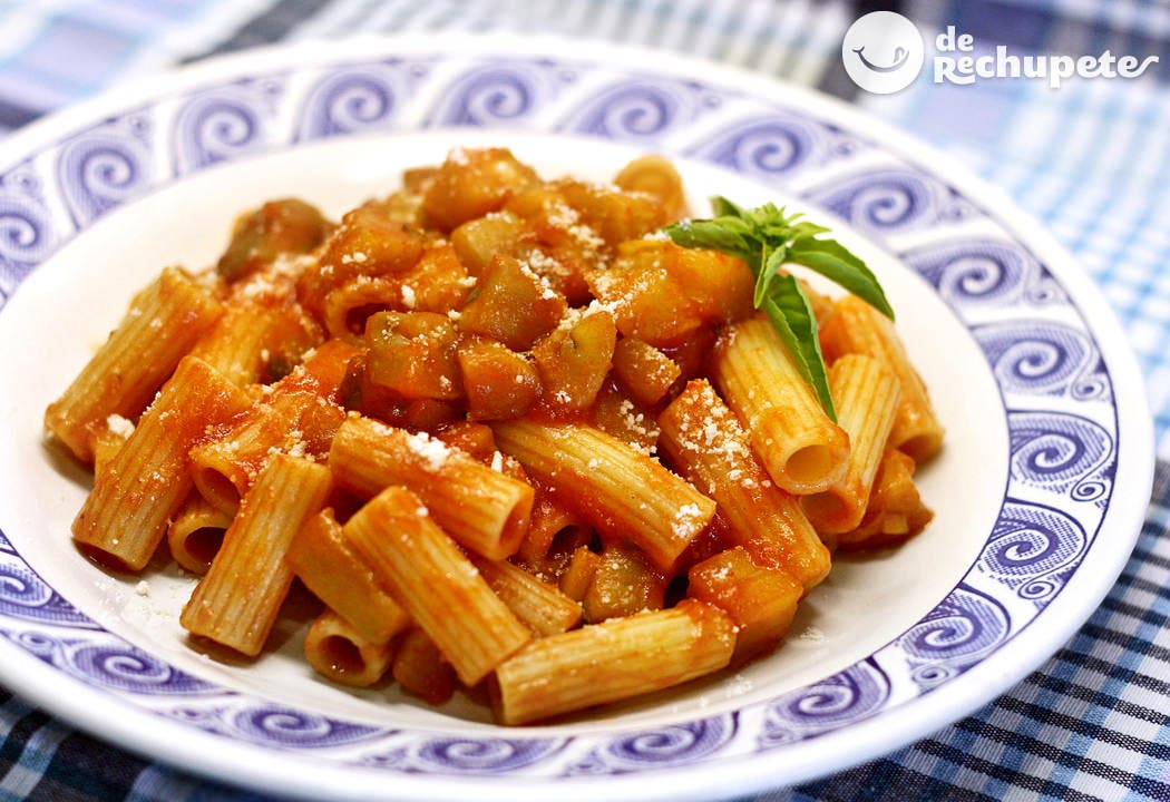 Macarrones con berenjenas pasta con le melanzane for Cocinar berenjenas facil