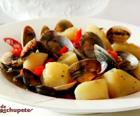 Almejas con patatas. Guiso marinero
