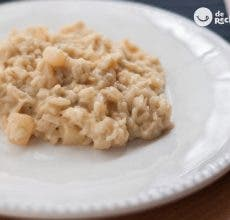 Risotto de peras y gorgonzola. Receta italiana