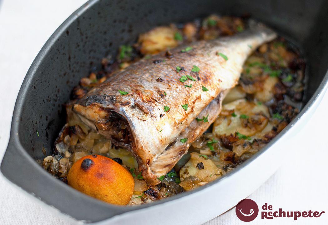 Dorada al horno con patatas for Como cocinar pescado al horno