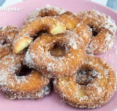 Beignets. Buñuelos de manzana