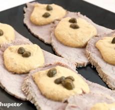 Vitello Tonnato. Carne aromatizada a la italiana