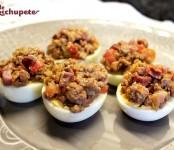 huevos rellenos de carne