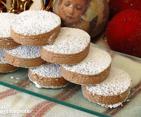 Polvorones de chocolate sin gluten
