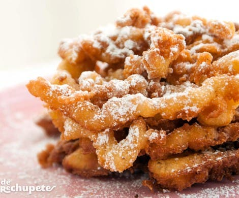 Funnel Cakes. Mini churros