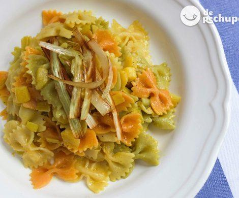 Pasta con manzana y curry al limón
