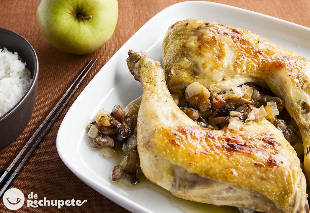 Pollo asado con manzana y setas for Cocinar un pollo entero