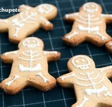 Galletas de jengibre esqueletos. Halloween Gingerbread