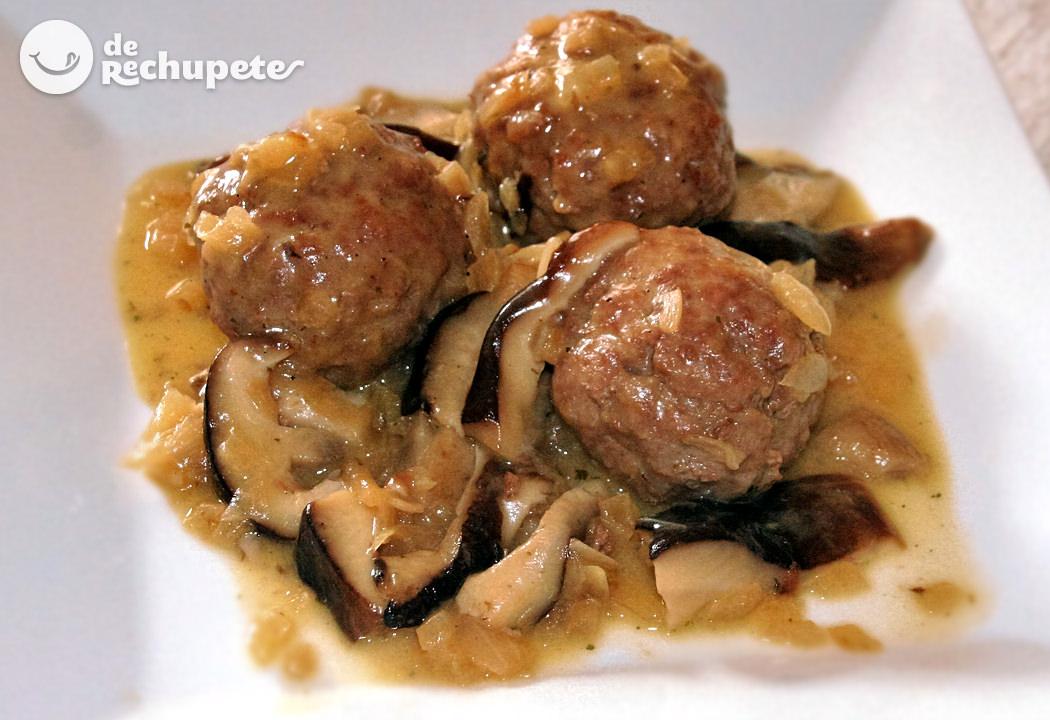Alb ndigas en salsa de setas - Guarniciones para carne en salsa ...