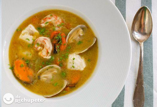 Sopa marinera con arroz
