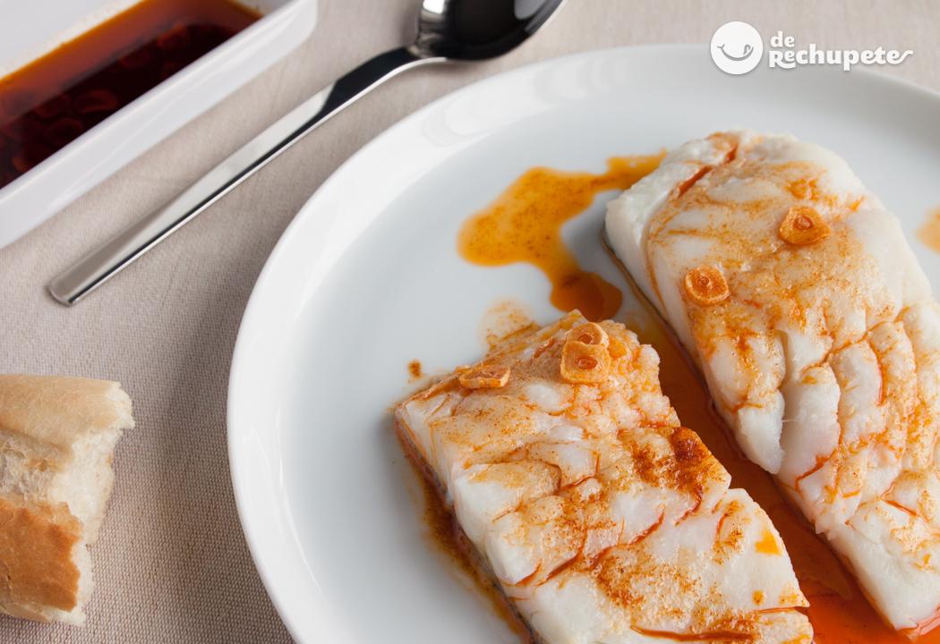 Bacalao con refrito de ajo y piment n recetas de for Cocinar cocochas de bacalao