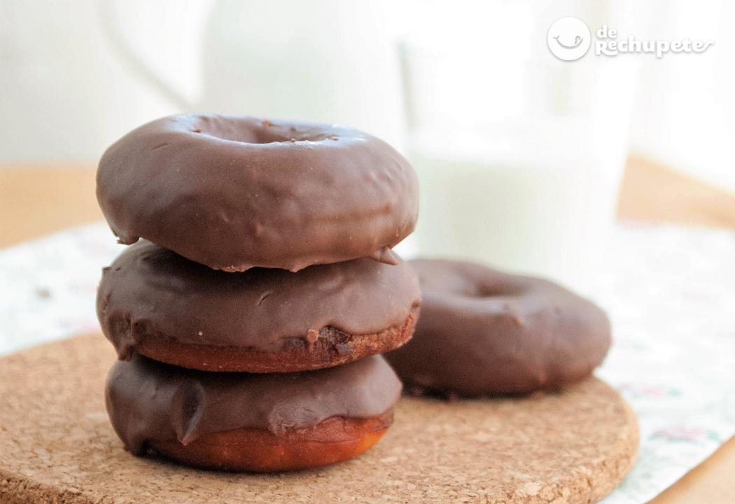 Donuts De Chocolate Recetas De Rechupete Recetas De Cocina Caseras Y Fáciles
