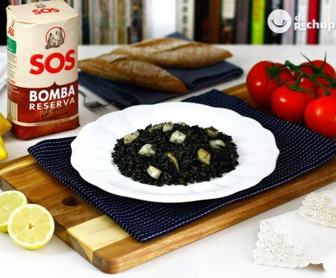 Arroz negro valenciano en paella