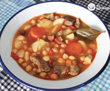 Potaje de garbanzos andaluz