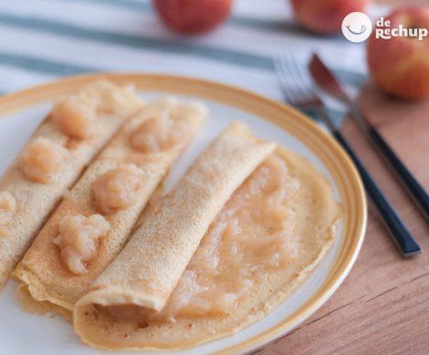 Filloas rellenas de compota de manzana