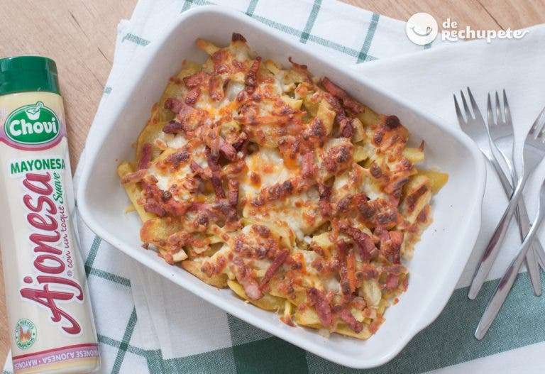 Patatas Foster's Hollywood. Bacon & cheese fries