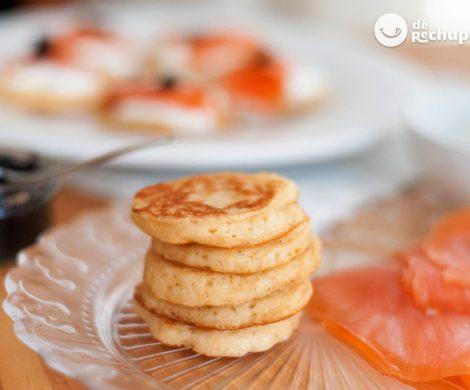 Blinis caseros perfectos para nuestros aperitivos. Receta tradicional rusa