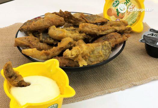 Setas en tempura con Allioli