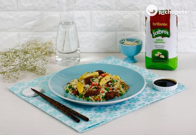 Cómo hacer arroz chino frito
