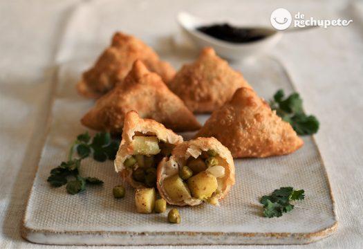 Samosas de patata. Empanadillas hindús