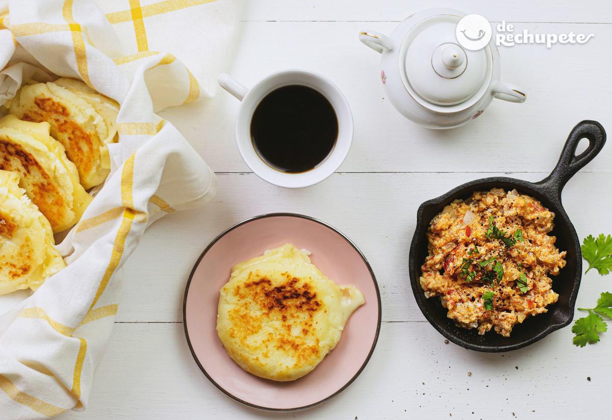 Arepas Rellenas De Queso Y Huevos Pericos Recetas De Rechupete Recetas De Cocina Caseras Y Faciles