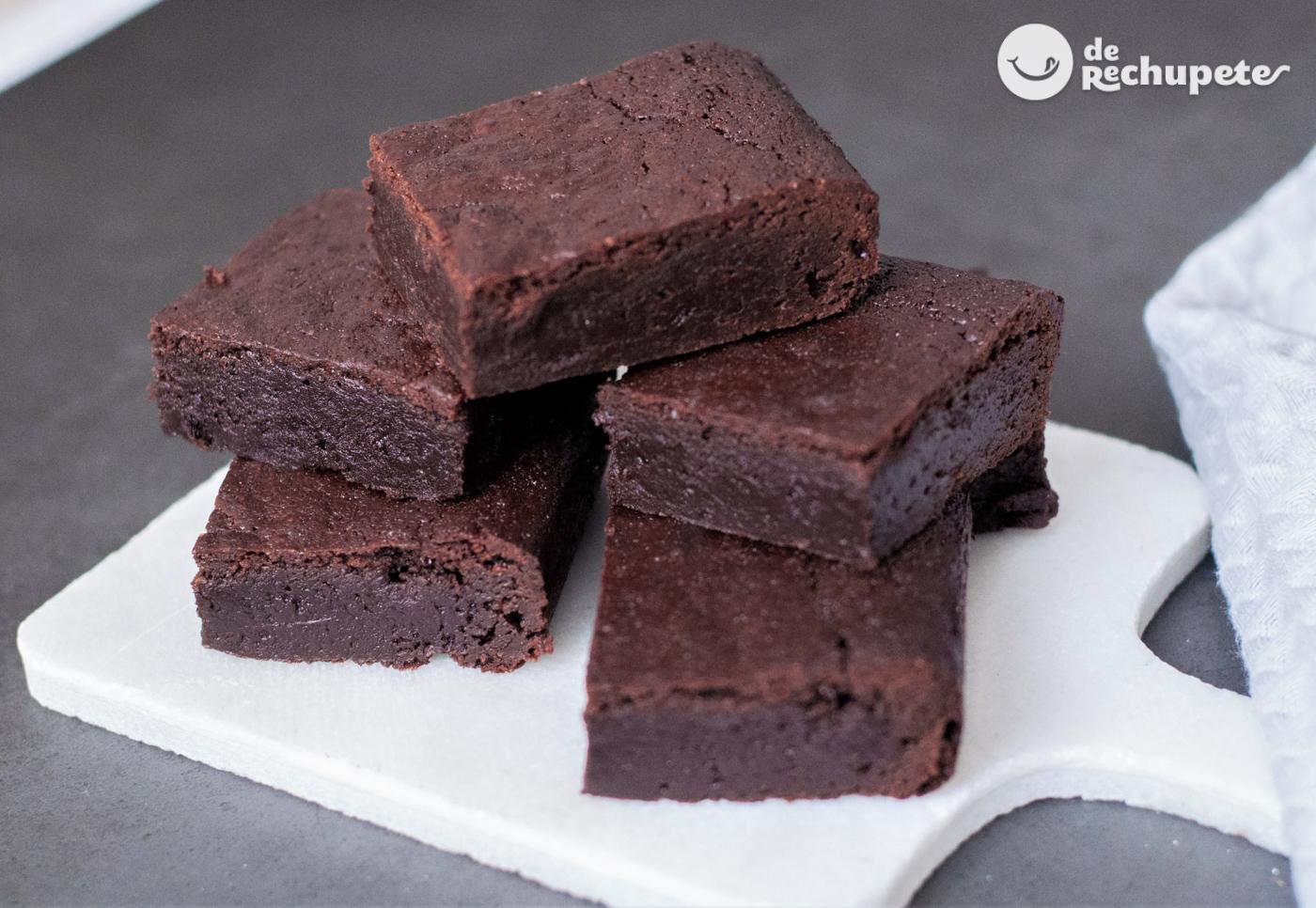 Receta De Brownies De Chocolate Con Nueces Forma Clásica Y Fácil