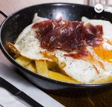 Cómo hacer los mejores huevos rotos o estrellados