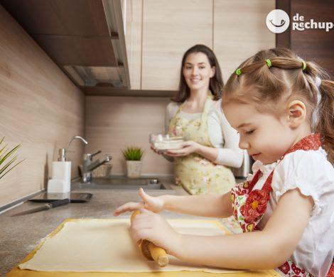 Cocinar con niños en casa. Consejos para que te ayuden y les guste la cocina
