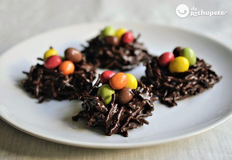 Nidos de chocolate para los huevos de Pascua